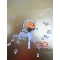 Сватбена бутониера за ревер Ава